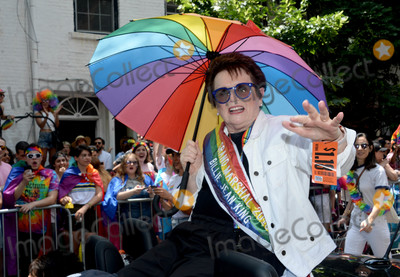 Billie Jean King Photo - Photo by Dennis Van TinestarmaxinccomSTAR MAX2018ALL RIGHTS RESERVEDTelephoneFax (212) 995-119662418Billie Jean King at The 2018 Gay Pride Parade (NYC Pride March) in New York City