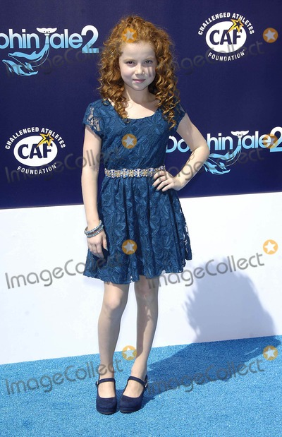 Francesca Capaldi Photo - Photo by Michael GermanastarmaxinccomSTAR MAX2014ALL RIGHTS RESERVEDTelephoneFax (212) 995-11969714Francesca Capaldi at the premiere of Dolphin Tale 2(Los Angeles CA)