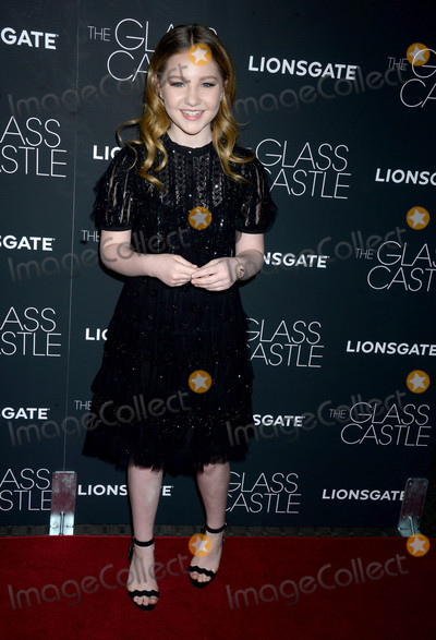 Ella Anderson Photo - Photo by Dennis Van TinestarmaxinccomSTAR MAX2017ALL RIGHTS RESERVEDTelephoneFax (212) 995-11968917Ella Anderson at a screening of The Glass Castle in New York City