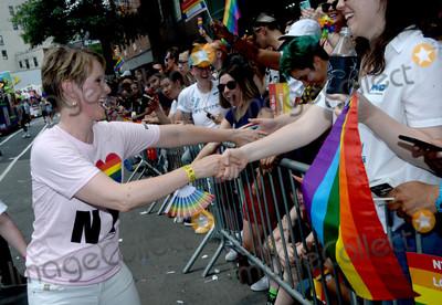 Cynthia Nixon Photo - Photo by Dennis Van TinestarmaxinccomSTAR MAX2018ALL RIGHTS RESERVEDTelephoneFax (212) 995-119662418Cynthia Nixon at The 2018 Gay Pride Parade (NYC Pride March) in New York City