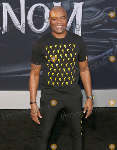 Anderson Silva Photo - Photo by gotpapstarmaxinccomSTAR MAX2018ALL RIGHTS RESERVEDTelephoneFax (212) 995-119610118Anderson Silva at the premiere of Venom in Westwood CA