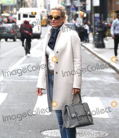 Yolanda Hadid Photo - Photo by KGC-146starmaxinccomSTAR MAX2018ALL RIGHTS RESERVEDTelephoneFax (212) 995-119643018Yolanda Hadid is seen in New York City