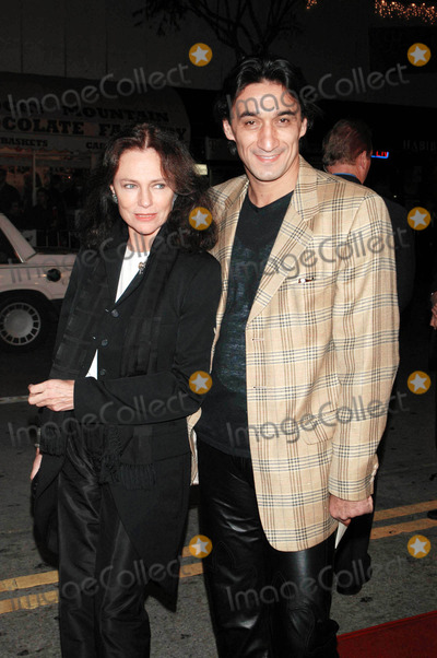 Jacqueline Bisset Photo - Photo by  Tom LauLoud  Clear MediaSTAR MAX Inc2002 ALL RIGHTS RESERVED  TelFax (212) 995-1196121102Jacqueline Bisset  companion at the Los Angeles premiere of Confessions of a Dangerous Mind (Miramax Films)(Mann Bruin Theatre CA)