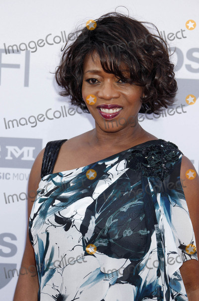 Alfre Woodard Photo - Photo by REWestcomstarmaxinccomSTAR MAX2015ALL RIGHTS RESERVEDTelephoneFax (212) 995-11966415Alfre Woodard at the 43rd AFI Life Achievement Award Gala(Dolby Theatre Hollywood CA)