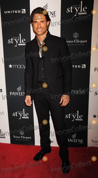 Sebastian Rulli Photo - Photo by Demis Maryannakisstarmaxinccom2013ALL RIGHTS RESERVEDTelephoneFax (212) 995-119691913Sebastian Rulli at the 2013 Vanidades Icons of Style Awards(NYC)