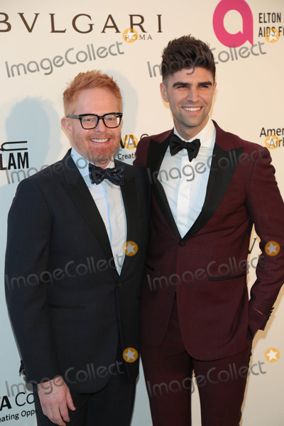 Jesse Tyler Ferguson Photo - Photo by gotpapstarmaxinccomSTAR MAX2018ALL RIGHTS RESERVEDTelephoneFax (212) 995-11963418Jesse Tyler Ferguson and Justin Mikita at The 26th Annual Elton John AIDS Foundations Academy Awards Viewing Party in West Hollywood CA