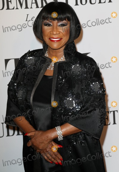 PATTIE LABELLE Photo - Photo by KGC-146starmaxinccomSTAR MAX2014ALL RIGHTS RESERVEDTelephoneFax (212) 995-11966814Patti Labelle at the 68th Annual Tony Awards(NYC)