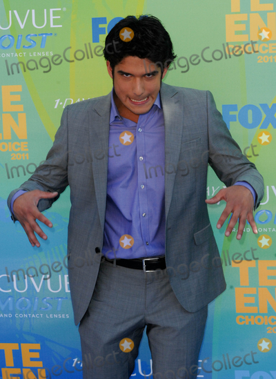 Tyler Posey Photo - UNIVERSAL CITY CA - AUGUST 7 Actor Tyler Posey attends FOXs Teen Choice Awards 2011 on August 7 2011  in Universal City California  (Albert L OrtegaImageCollectcom)