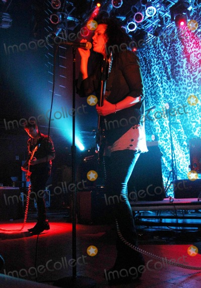 Alison Mosshart Photo - British guitarist Jamie Hince fiance of top model Kate Moss and American singer Alison Mosshart of The Kills perform live at the House of Blues  According to reports Hince has asked Mosshart to be his best man for his wedding to Moss later this year San Diego CA 041511