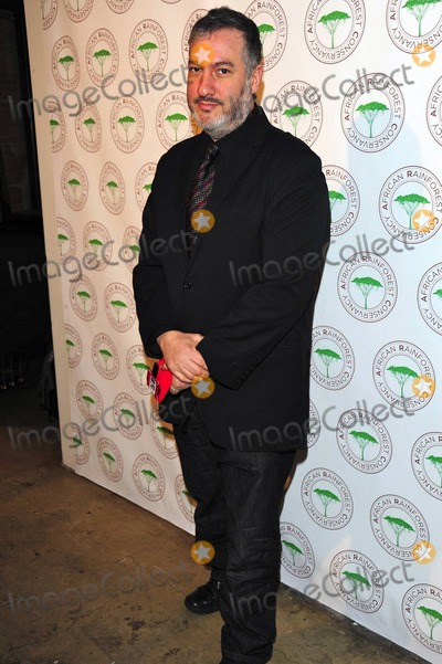 Spencer Tunick Photo - Spencer Tunick at the African Rainforest Conservancys 20th Anniversary Artists for Africa Celebration at the Prince George Ballroom in New York NY 2911