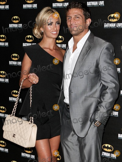 Alex Reid Photo - Chantelle Houghton and Alex Reid arrive at Batman Live World Arena Tour held at the 02 Arena in London UK 24th August 2011