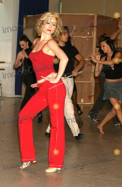 Christina Applegate Photo - Christina Applegate Making Her Broadway Debut in Rehearsal For Sweet Charity at New 42nd Street Studios in New York City on 01-19-2005 Photo by Henry McgeeGlobe Photos Inc 2005 K41170hmc Photo by Henry Mcgee-Globe Photos