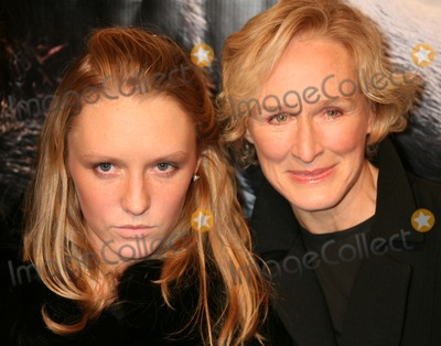 Annie Starke Photo - New York NY 12-05-2005Glenn Close with her daughter Annie Starke attends the premiere of King Kong at Loews E-WalkDigital Photo by Lane Ericcson-PHOTOlinknet
