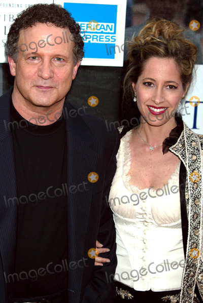 Albert Brooks Photo - Albert Brooks and Wife Kimberly Shlain at Tribeca Film Festival Premiere of the In-laws at Tribeca Performing Arts Center in New York City on May 10 2003 Photo by Henry McgeeGlobe Photos Inc 2003