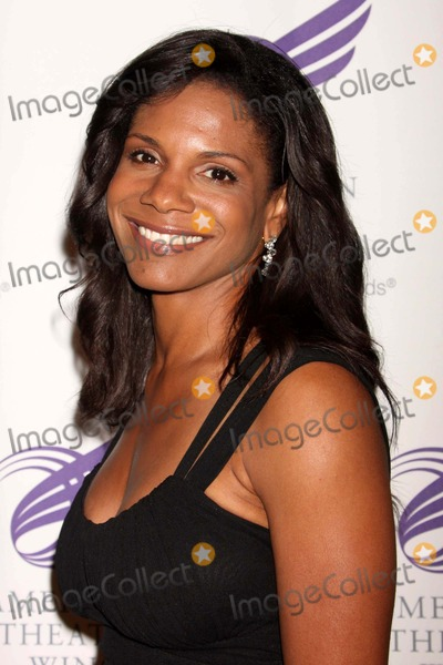 Audra Mcdonald Photo - Audra Mcdonald Arriving at the American Theatre Wings 2009 Annual Spring Gala at Cipriani 42nd Street in New York City on 06-01-2009 Photo by Henry Mcgee-Globe Photos Inc 2009