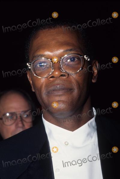 Samuel Jackson Photo - Samuel Jackson Pulp Fiction Screening at New York Film Festival 1994 L9435hmc Photo by Henry Mcgee-Globe Photos Inc