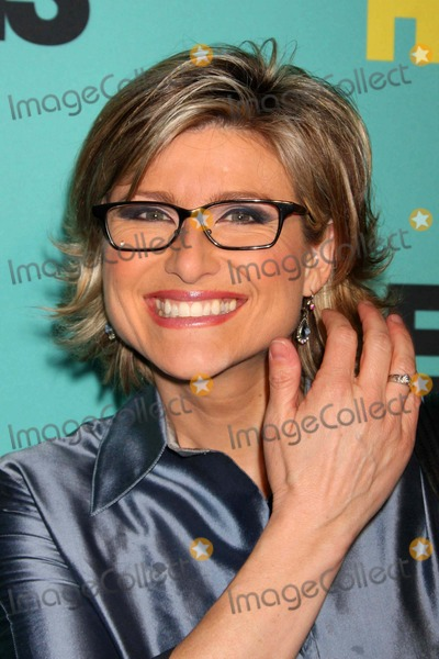 Ashleigh Banfield Photo - Ashleigh Banfield Arriving at the Premiere of Hbo Films Grey Gardens at the Ziegfeld Theater in New York City on 04-14-2009 Photo by Henry Mcgee-Globe Photos Inc 2009