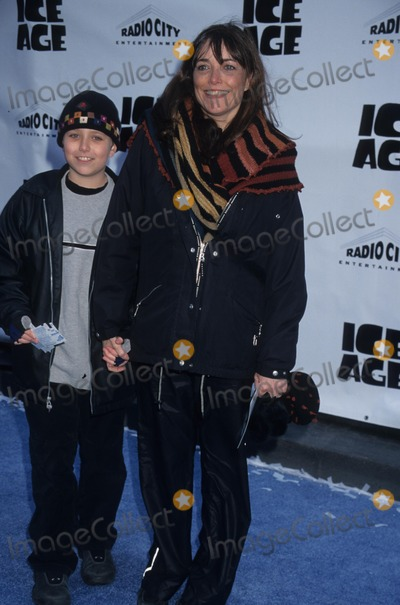 Karen Allen Photo - Karen Allen with Son New York Premiere of Star Wars Episode Ii  Premiere Party at Embassy Suite Hotel in New York 2002 Photo by Henry Mcgee-Globe Photos Inc