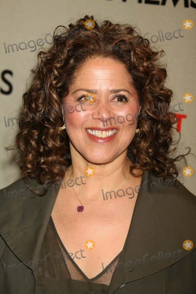 Anna  DEAVERE Smith Photo - Anna Deavere Smith Arriving at a Screening of Hbo Films Life Support at Chelsea West Theaters in New York City on 03-05-2007 Photo by Henry McgeeGlobe Photos Inc 2007