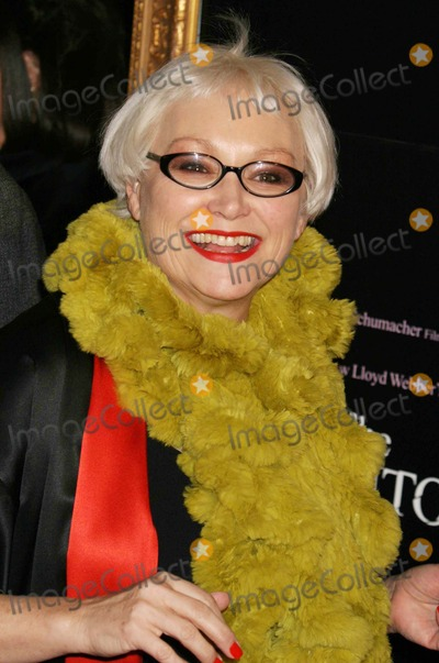 Serena Bass Photo - Serena Bass Arriving at the Premiere of the Phantom of the Opera the Ziegfeld Theater in New York City on 12-12-04 Photo by Henry McgeeGlobe Photos Inc 2004