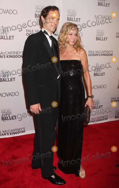 Charles Askegard Photo - CHARLES ASKEGARD and CANDACE BUSHNELL arriving at the New York City Ballets Fall Gala featuring the world premiere of Paul McCartneys Oceans Kingdom at David H Koch Theater Lincoln Center in New York City on 09-22-2011  Photo by Henry McGee-Globe Photos Inc 2011