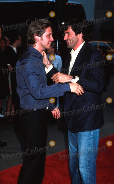 Aaron Stanford Photo -  Tadpole Premiere at Cinema Ii in New York City 071502 Photo by Henry McgeeGlobe Photos Inc 2002 Aaron Stanford and Gary Winick (Director)