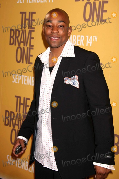 Dennis White Photo - Dennis White Arriving at the Premiere of the Brave One at the Rose Theater at Time Warner Center in New York City on 09-10-2007 Photo by Henry McgeeGlobe Photos Inc 2007