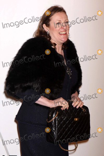 Zaha Hadid Photo - Glenda Bailey Arriving at the Opening Party For Mobile Art Chanel Contemporary Art Container by Zaha Hadid at Rumsey Playfield Central Park in New York City on 10-21-2008 Photo by Henry McgeeGlobe Photos Inc 2008
