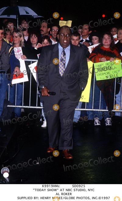 Al Roker Photo - Sd0925 Today Show at NBC Studio NYC AL Roker Supplied by Henry McgeeGlobe Photos Inc