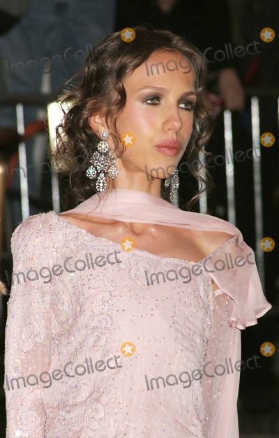 Allegra Beck Photo - Allegra Beck (Donatella Versaces Daughter) Arriving at the Costume Institute Gala Celebrating Chanel at the Metropolitan Museum of Art in New York City on 04-02-2005 Photo by Henry McgeeGlobe Photos Inc 2005