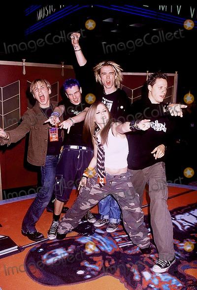 Avril Lavigne Photo - Sd0829 Mtv 2002 Video Music Awards Held at Radio City Music Hall in New York City Photo Byhenry McgeeGlobe Photos Inc 2002 Avril Lavigne