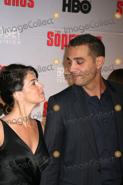 Annabella Sciorra Photo - NYC  032707Annabella Sciorra and Bobby Cannavale at the premiere for the final season of HBOs THE SOPRANOS at Radio City Music HallDigital Photo by Adam Nemser-PHOTOlinknet
