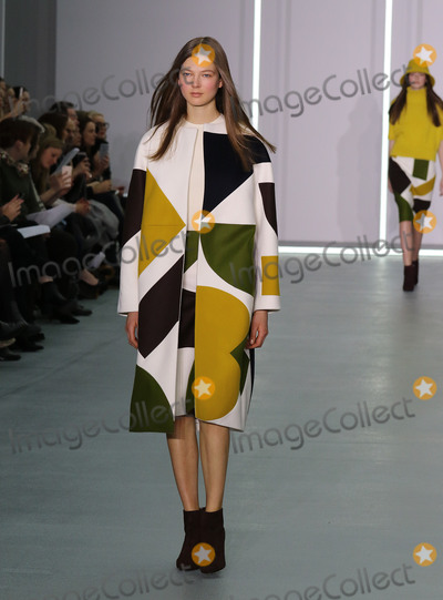 Jasper Conran Photo - 19 February 2016 - London Fashion Week - AW16 - Jasper Conran Catwalk show at Brewer Street Car Park Soho in London UK