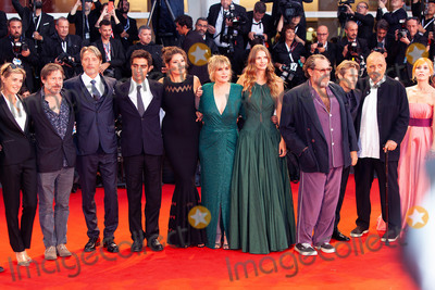Anne Consigny Photo - VENICE ITALY - SEPTEMBER 03 Benoit Delhomme Lolita Chammah Jean-Claude Carriere Willem Dafoe  Emmanuelle Seigner Julian Schnabel Louise Kugelberg Hanne Jacobsen Vladimir Consigny Anne Consigny and Jon Kilik walk the red carpet ahead of the At Eternitys Gate screening during the 75th Venice Film Festival at Sala Grande on September 3 2018 in Venice Italy(Photo by Laurent KoffelImageCollectcom)