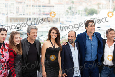Eduard Fernandez Photo - CANNES FRANCE - MAY 09 Barbara Lennie Carla Campra Ricardo Darin Penelope Cruz Asghar Farhadi Javier Bardem Eduard Fernandez attend the photocall for Everybody Knows (Todos Lo Saben) during the 71st annual Cannes Film Festival at Palais des Festivals on May 9 2018 in Cannes France(Photo by Laurent KoffelImageCollectcom)