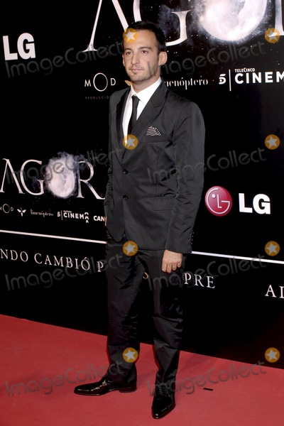 Alejandro Amenabar Photo - Spanish director Alejandro Amenabar attends the Agora premiere at Kinepolis Cinema on October 6 2009 in Madrid Spain