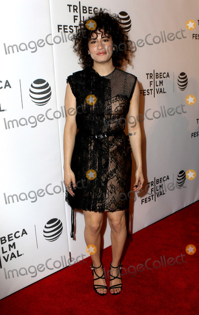 Ilana Glazer Photo - April 17 2016 New York CityIlana Glazer arriving at a screening of Broad City during the 2016 Tribeca Film Festival at Festival Hub on April 17 2016 in New York CityBy Line Nancy RiveraACE PicturesACE Pictures Inctel 646 769 0430