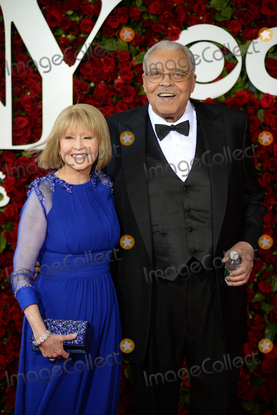 Cecilia Hart Photo - June 12 2016  New York CityJames Earl Jones and Cecilia Hart attending the 70th Annual Tony Awards at The Beacon Theatre on June 12 2016 in New York CityCredit Kristin CallahanACE PicturesTel 646 769 0430