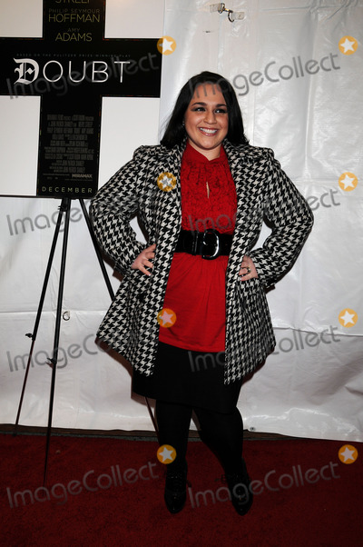 NICKY BLONSKY Photo - Actress Nicki Blonsky at the New York premiere of Doubt at the Paris Theatre on December 7 2008 in New York City
