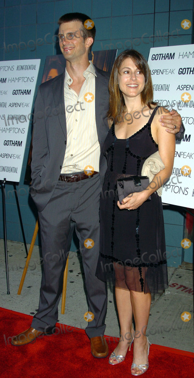 Ali Marsh Photo - Actor Frederick Weller and his wife Ali Marsh Weller attended the premiere of When will I be loved at the Clearview Chelsea West Cinema in New York City September 7 2004