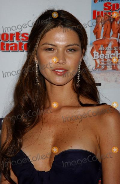 Aline Nakashima Photo - Aline Nakashima at the 2006 Sports Illustrated Swimsuit Issue Press Event
