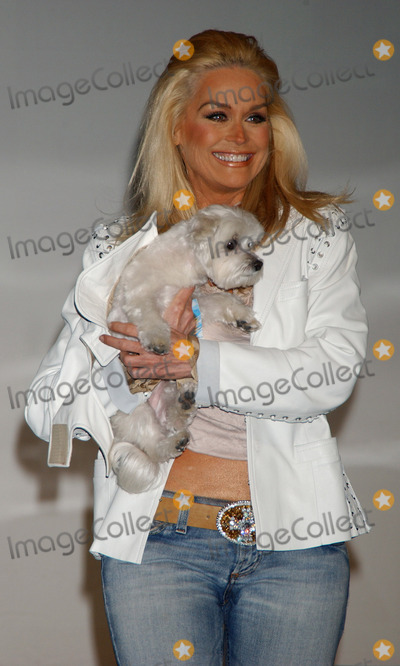 CATHRINE HICKLAND Photo - Cathrine Hickland at the Paws for Style