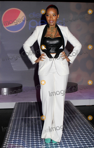 Angela Simmons Photo - Angela Simmons at Mercedes Benz New York Fashion Week on February 9 2012 in New York City