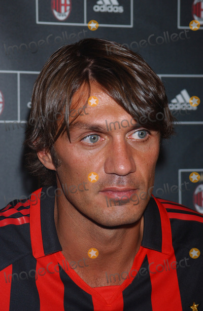 Paolo Maldini Photo - NEW YORK JULY 29 2005     Paolo Maldini at the ceremony to unveil the 2005-06 shirts for  AC MILAN at the Adidas Store in SOHO New York City