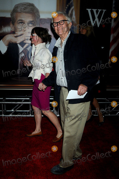Albert Maysles Photo - Albert Maysles attends the W New York Premiere held at the Ziegfeld Theater on October 14 2008 in New York City