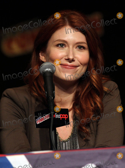 Jewel Staite Photo - October 10 2015 New York CityJewel Staite speaking at New York Comic-Con at the Jacob K Javits Convention Center on October 10 2015 in New York CityBy Line Nancy RiveraACE PicturesACE Pictures Inctel 646 769 0430