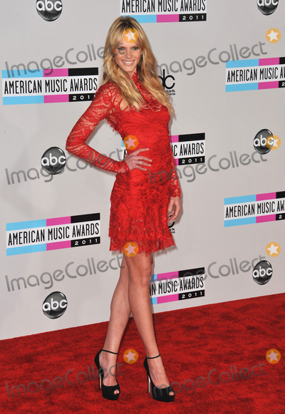 Anne Vyalitsyna Photo - Sports Illustrated model Anne Vyalitsyna (Anne V) arriving at the 2011 American Music Awards at the Nokia Theatre LA Live in downtown Los AngelesNovember 20 2011  Los Angeles CAPicture Paul Smith  Featureflash