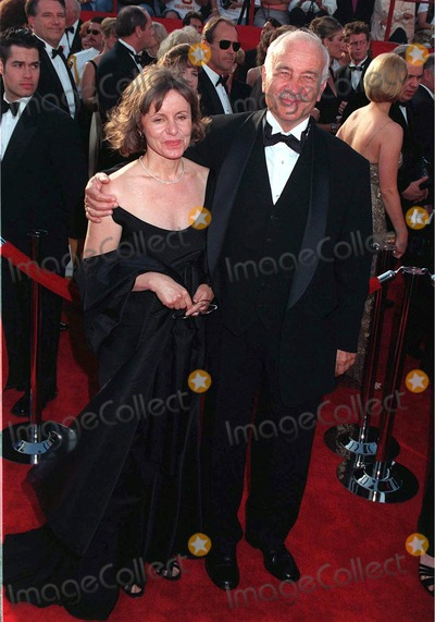 Armin Mueller-Stahl Photo - 24MAR97 ARMIN MUELLER-STAHL  wife at the Academy AwardsPix PAUL SMITH