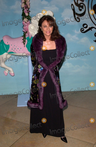 Jacqueline Bisset Photo - Actress JACQUELINE BISSET at the Carousel of Hope Ball 2000 at the Beverly Hilton Hotel28OCT2000   Paul Smith  Featureflash
