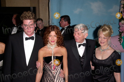 Aaron Spelling Photo - Producer AARON SPELLING  wife CANDY with actress daughter TORI SPELLING  actor son RANDY SPELLING at the Carousel of Hope Ball 2000 at the Beverly Hilton Hotel28OCT2000   Paul Smith  Featureflash